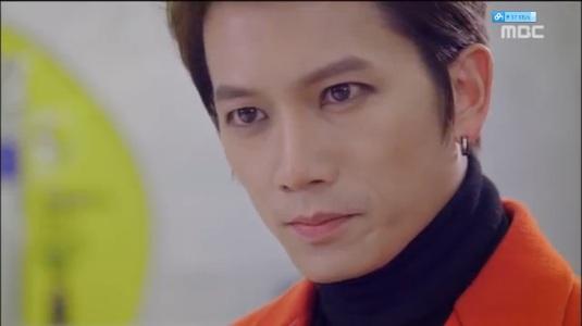 /SCREAMSSSS/ IT'S SHIN SE GI NOW YALL NEED TO SCREAM!!!!