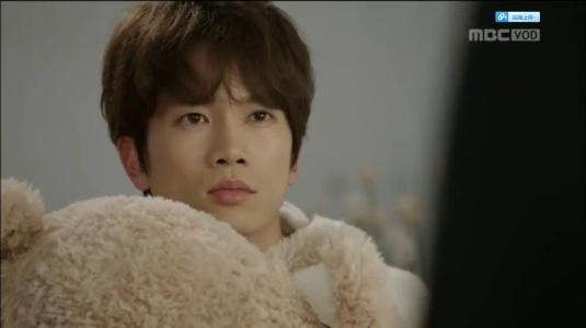 Nana. Well, it's Oh Ri Jin, everyone